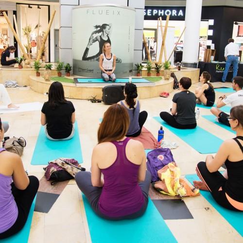 [Shot] Masterclass de ioga amb la model i professora de ioga Veronica Blume al Sant Cugat Centre Comercial. Col·laboradors: Rituals, Tea Shop, RealCoco i Casall.